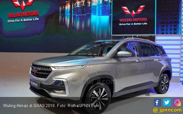 Wuling Almaz Jadi Mobil Favorit Pengunjung GIIAS 2019 - JPNN.com