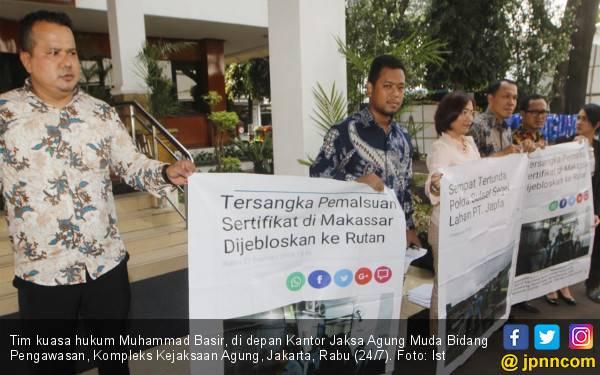Kejagung Didesak Periksa Oknum Jaksa Kejati Sulsel - JPNN.com
