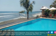 Turis Larang Warga Lokal Mandi di Pantai, Begini Respons Kadis Pariwisata - JPNN.com