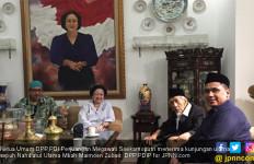 Mbah Moen dan Putranya Temui Megawati, Ada Apa ya? - JPNN.com