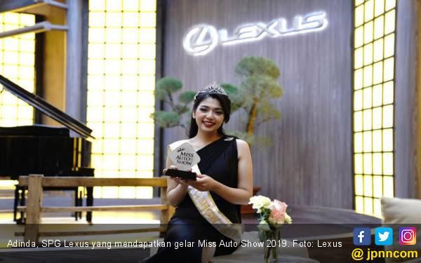 Adinda Lexus, SPG Paling Cantik dan Pintar di GIIAS 2019 - JPNN.com