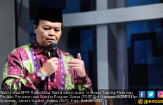 Pesan Ustaz HNW buat Lembaga Penyiaran di Tengah Serbuan Medsos - JPNN.com