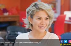 Pacari Bule asal Paris, Nikita Mirzani: Umurnya 23 Tahun - JPNN.com