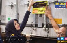 Bea Cukai Maluku Lepas Ekspor Perdana Ikan ke Thailand - JPNN.com