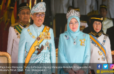 Corona Menyerang Istana, Begini Kondisi Raja dan Ratu yang Dikarantina - JPNN.com
