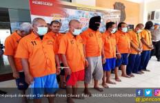 14 Penjudi Diamankan Polisi - JPNN.com