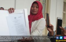 Baiq Nuril Ingin Pajang Keppres Amnesti dengan Bingkai Emas - JPNN.com