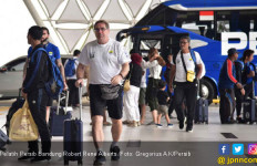 Rene Alberts Bawa 22 Pemain untuk Hadapi Persebaya di Bali - JPNN.com