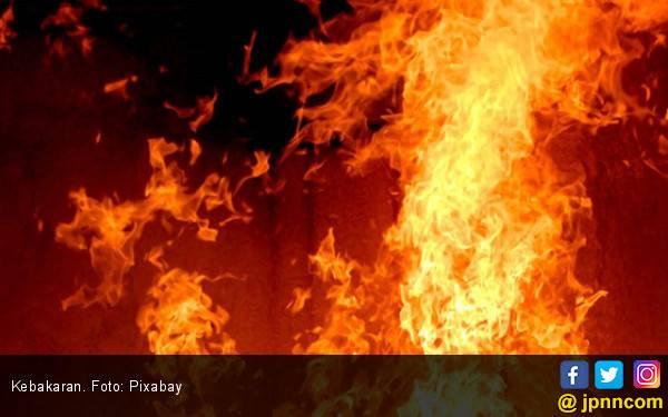 Rumah Habib Muhamad Al Kaff Ludes Terbakar Dalam Hitungan Menit - JPNN.com