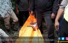 Seorang Siswi Ditemukan Tewas Telungkup Tanpa Busana di Perkebunan - JPNN.com