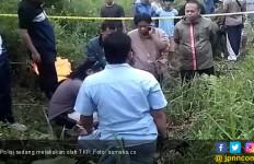 Mayat Perempuan dengan Leher Tergorok Ditemukan di Perkebunan Kopi - JPNN.com