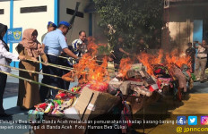 Demi Ketenteraman di Bumi Aceh, Bea Cukai Memusnahkan Rokok Ilegal - JPNN.com