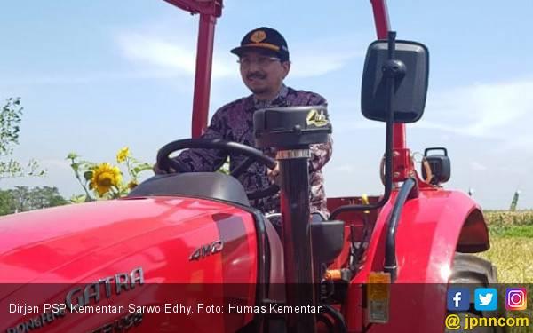 Beri Bantuan Alsintan, Kementan Dorong Jembrana Tingkatkan Produksi Pertanian - JPNN.com