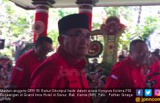 Datang dengan Baju Berlogo PDIP, Ruhut Sitompul: Saya di Mana Saja Loyalis - JPNN.com