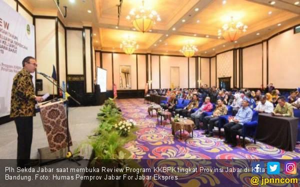 Program KKBPK Dapat Menyelesaikan Stunting-Anak Putus Sekolah di Jabar - JPNN.com