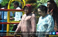 Risma Masuk Pengurus Pusat PDIP, Megawati: Ajaib Juga - JPNN.com