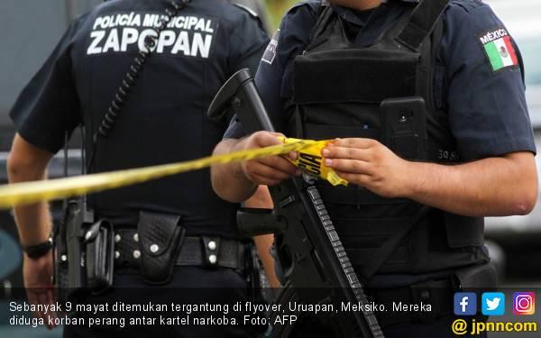Horor, Kartel Narkoba Gantung 9 Mayat di Flyover - JPNN.com