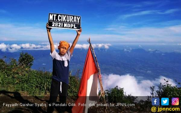 Fayyadh Qaishar Syafiq, si Pendaki Cilik, Siap Rayakan HUT RI ke-74 di Puncak Merbabu - JPNN.com