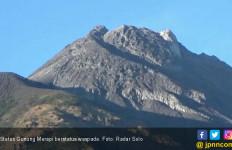 Aktivitas Warga Normal Meski Status Gunung Merapi Waspada - JPNN.com