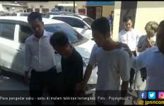 Warga Sedang Takbiran, Tiga Pria Ini Malah Sibuk Jualan Sabu - Sabu - JPNN.com