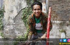 Cerita Andovi Da Lopez Ikut Menanam Pohon di Benteng Pendem - JPNN.com
