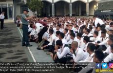 425 Calon Bintara dan Calon Tamtama TNI AL Menjalani Tes Kesehatan - JPNN.com