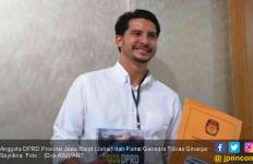 Bikin Gagal Fokus, Ini Anggota DPRD Tampan, Adik Rachel Maryam - JPNN.com