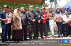 Hadirkan Waria di Acara Halal Bihalal, Pemkot Banjarbaru Dukung LGBT? - JPNN.com