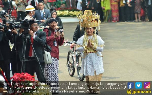 Dandan Dari Jam 4 Pagi, Istri Menhan Dapat Sepeda Dari Jokowi - JPNN.com