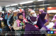 Tiba di Indonesia, Para Jemaah Haji: Merdeka - JPNN.com