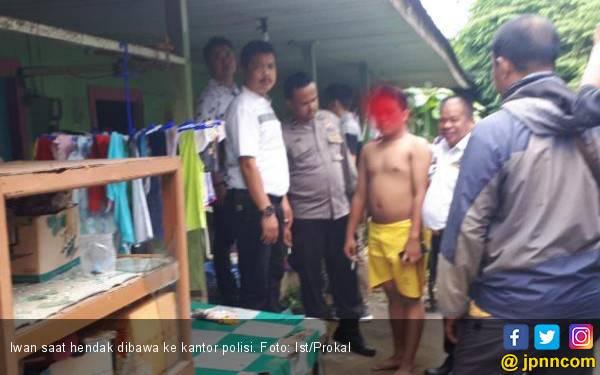 Si Anak Durhaka Dibawa ke Kantor Polisi, Ibu Fatmawati Pingsan - JPNN.com