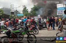 Ferdinand Demokrat Ingatkan Jokowi Berhati-hati ke Papua - JPNN.com