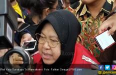 Bu Risma Mengimbau Warga Surabaya Tidak Panik - JPNN.com