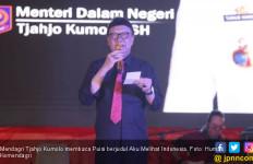 Tjahjo Kumolo: Jikalau Aku Melihat Gunung-gunung Membiru, Aku Melihat Wajah Indonesia - JPNN.com
