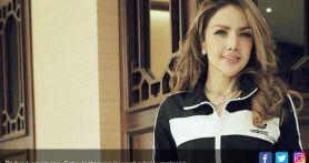 Barbie Kumalasari Sulam Bibir, Netizen Bilang Mirip Disengat Lebah