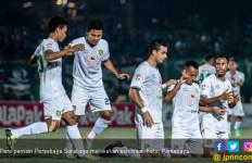 Jamu Persija, Persebaya Rayu Pelatih Timnas Indonesia - JPNN.com