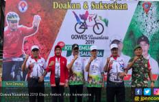 Gowes Etape Ambon Makin Bergelora dengan Goyang Kaka Enda - JPNN.com