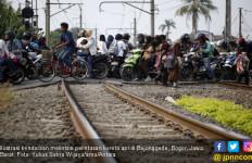 Ada 395 Kecelakaan Kereta Karena Lintasan Sebidang - JPNN.com