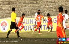 Gol Bunuh Diri DIY Bikin Jateng Melaju ke Empat Besar Liga Pelajar U-14 Menpora - JPNN.com