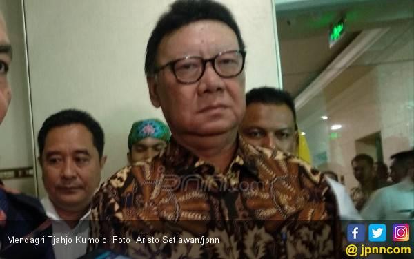 Mendagri Tak Persoalkan Anggota DPRD Menggadaikan SK - JPNN.com