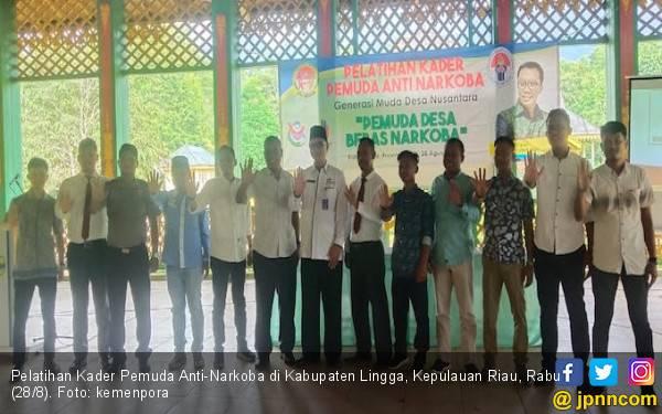 Kemenpora Bina 234 Pemuda Lingga Jadi Kader Antinarkoba - JPNN.com