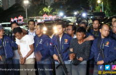 Terungkap, Istri Pembunuh Suami dan Anak Tiri Terbelit Utang Rp 10 M - JPNN.com