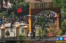 Papua Memanas, Pengunjung Hotel di Jayapura Terjebak, Pecahan Kaca Berserakan - JPNN.com