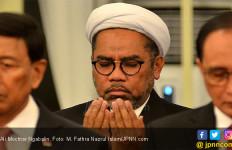 Syekh Ali Jaber Ditusuk, Bang Ali Mohctar Ngabalin Bereaksi - JPNN.com