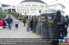Polisi Berlebihan Menetapkan Veronica Koman Sebagai Tersangka - JPNN.com
