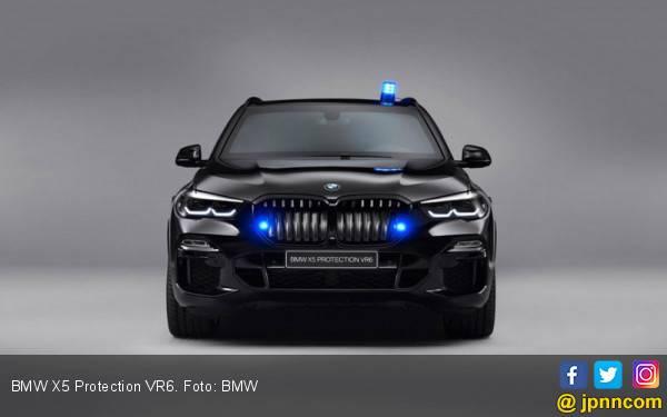 Pak Jokowi! Gak Bosan Pakai Mercedes? BMW Punya SUV Lulus Uji Balistik Juga Loh - JPNN.com