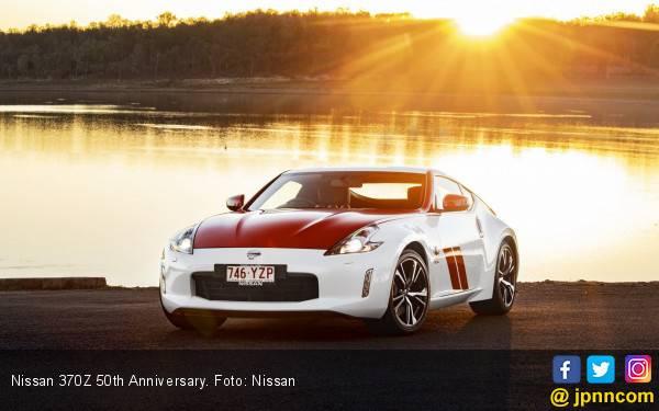 Nissan 370Z Edisi 50th Anniversary Dibanderol Rp 500 Jutaan - JPNN.com
