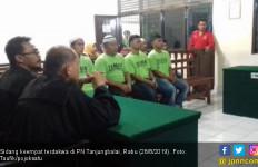 Tok! Empat Terdakwa Pemilik 7 Kg Sabu-sabu Divonis Hukuman Mati - JPNN.com