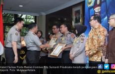 Selamat, Kabid Humas Polda Banten Raih Penghargaan Kapolri - JPNN.com