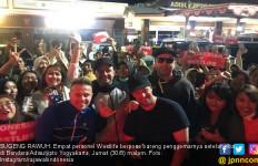 Keceriaan Westlife saat Tiba di Yogya sebelum Menggoyang Borobudur dan Sam Poo Kong - JPNN.com